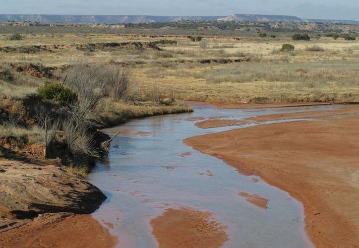 El Río Brazos, en Texas, guarda sedimentos que comprueban la drástica reducción de las temperaturas del mar tras el impacto del asteroide en lo que hoy es Yucatán. (landsofamerica.com)