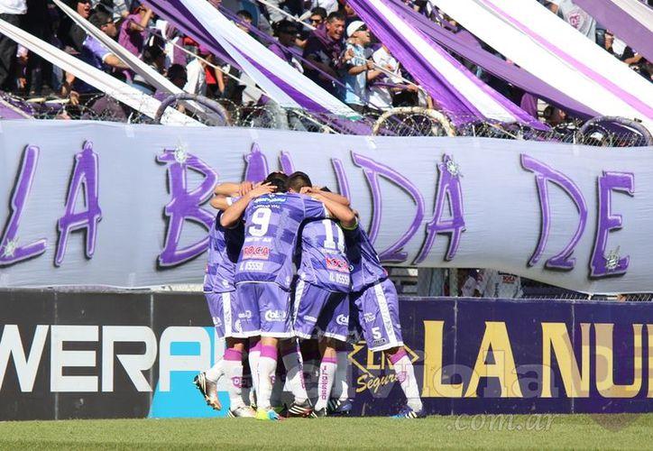 El equipo argentino celebró su tercera victoria consecutiva. (Foto: Contexto/Internet)
