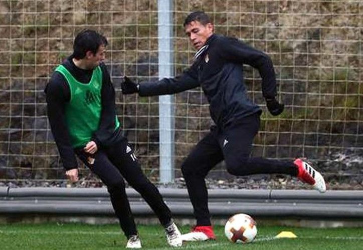 Héctor Moreno no pudo completar el entrenamiento de ayer con la Real Sociedad. (@RealSociedad)
