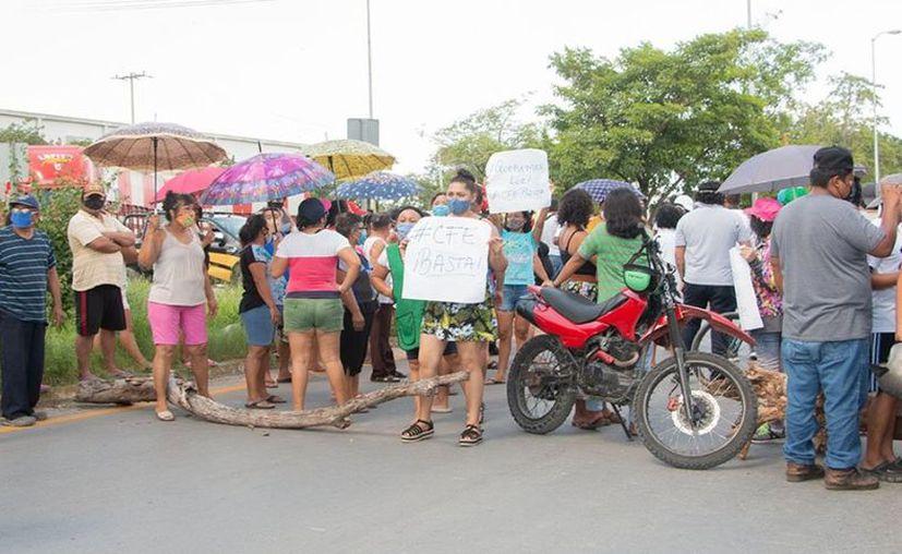 Durante la protesta se hizo énfasis en que la situación no es nueva y está generando problemas de salud. (Foto: redes sociales)