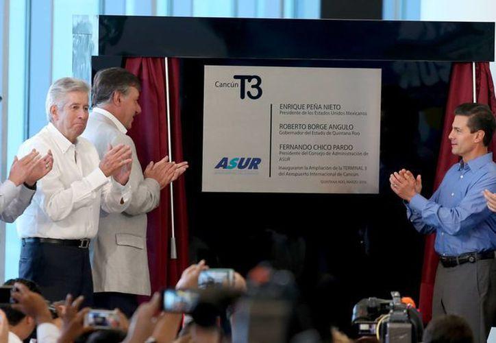 La inauguración de la ampliación de la terminal tres del aeropuerto. (Luis Soto/SIPSE)