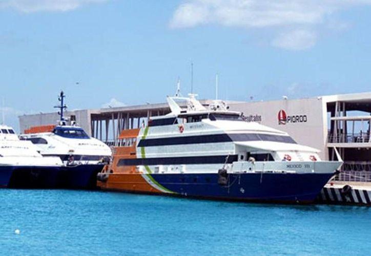 Los pasajeros que comprueben que votaron el domingo podrán obtener 2x1 en Barcos México.  (Irving Canul/SIPSE)