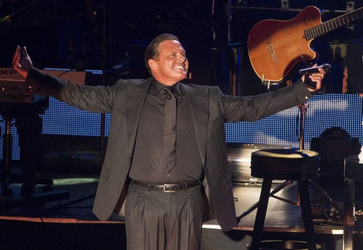 El cantante mexicano postergó en marzo pasado todos los conciertos que tenía programados en el Auditorio Nacional del DF. (Archivoi/Notimex)