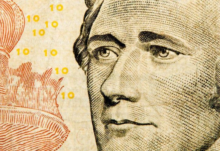 Quien aparece actualmente en los billetes de diez dólares es Alexander Hamilton, uno de los fundadores de EU. (nymag.com)