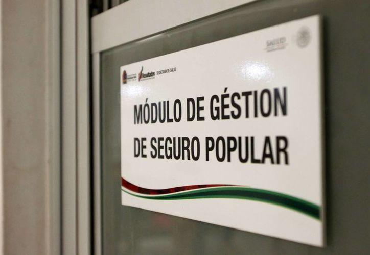 La federación entrega por persona inscrita al Seguro Popular una cantidad de 600 pesos al año para la atención de los derechohabientes. (Harold Alcocer/SIPSE)