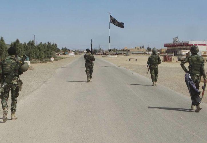 Un ex combatiente del Estado Islámico filtró documentos con datos de varios combatientes de ese grupo terrorista. (AP/archivo)