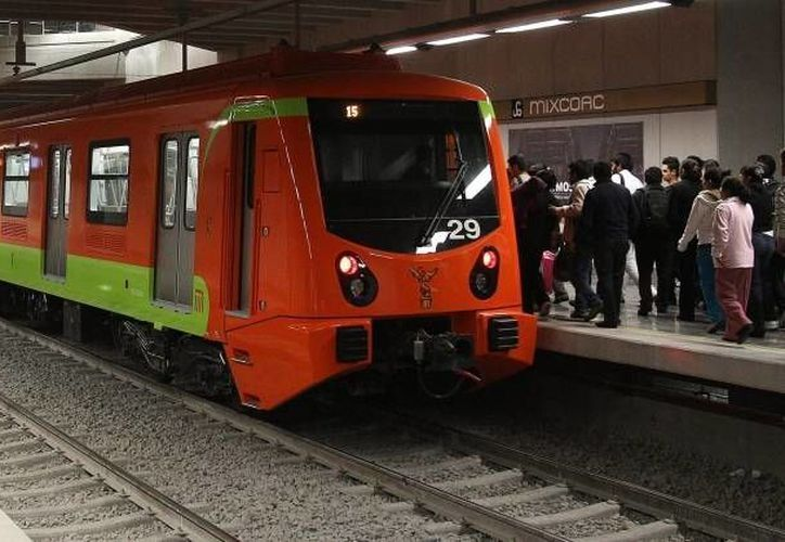 El contrato original de la Línea 12 establecía 17 mil 583 millones de pesos, y se elevó, al ser modificado, hasta 22 mil millones. (lapalabrapolitica.com.mx)