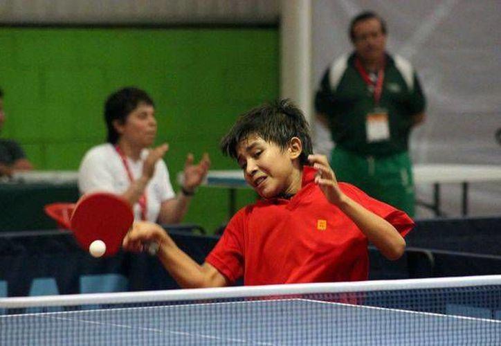 El tekaxeño Ricardo Villa Can tratará de consolidarse en la Selección Nacional de tenis de mesa. (Milenio Novedades)
