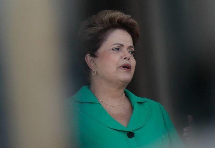 El decreto sobre el derribe de aviones autorizado por la presidenta brasileña Dilma Roussef estará vigentes desde hoy y hasta el 17 de julio. (EFE)
