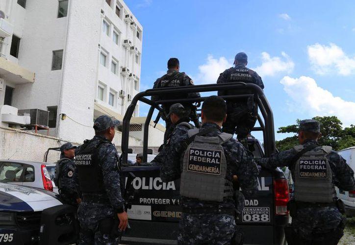 Agentes de la Policía Federal División Gendarmería llegaron anoche a Mérida para conocer la plaza y realizar reconocimientos y operativos. (SIPSE)