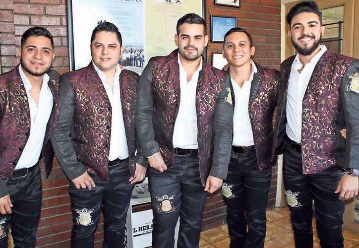 La banda se presentará junto a Edwin Luna  en la Plaza de Toros de Cancún. (Foto: Contexto/ Diario.mx)