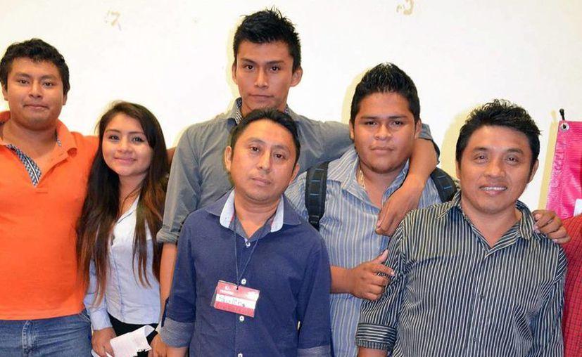 Imagen del equipo los 'Talladores', ganador del Primer City Makers Lab, que se realizó en la Universidad Tecnológica Metropolitana (UTM). (Milenio Novedades)