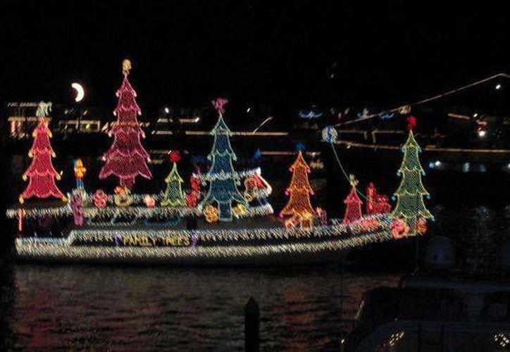 Los asistentes podrán disfrutar al atardecer de un desfile de embarcaciones decoradas. (Contexto/SIPSE)