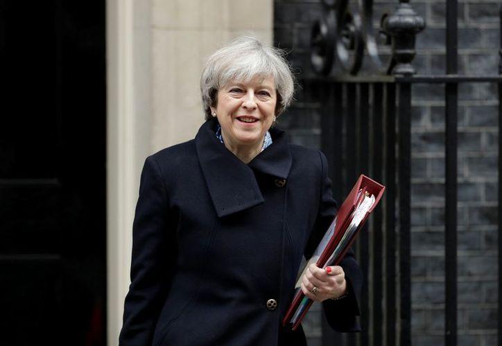 La primera ministra Theresa May fue obligada por la Suprema Corte británica a someter el proceso del 'Brexit' al voto de las Cámaras. (AP Photo/Matt Dunham)