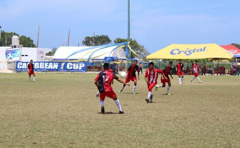 Continúan las acciones de la Caribbean Cup en Cancún. (Ángel Mazariego/SIPSE)