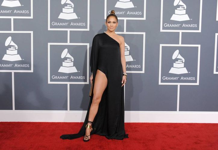 Jennifer López estuvo entre las estrellas que desoyeron la advertencia. (Agencias)