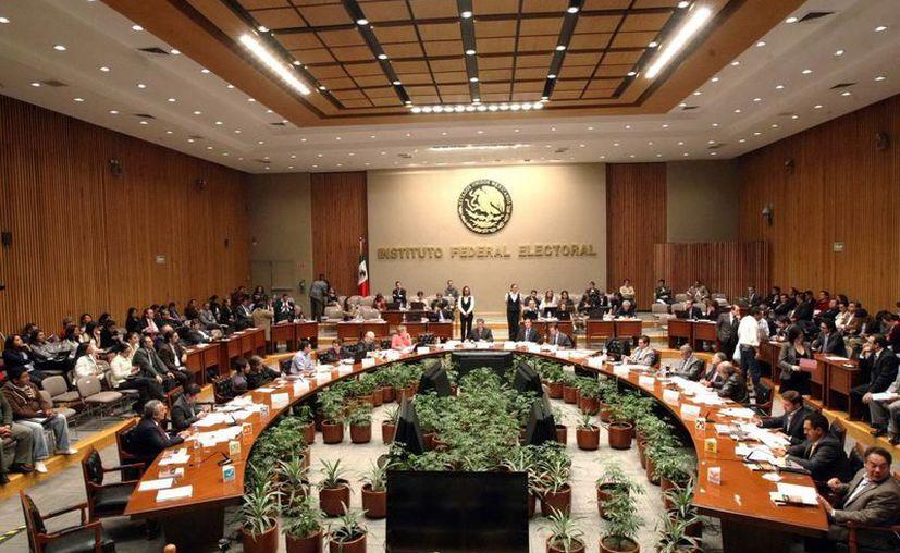 Sesión extraordinaria del Consejo General del Instituto Federal Electoral (IFE). (Notimex)