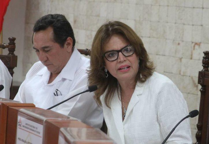 La consejera presidenta del Iepac, María de Lourdes Rosas Moya, habló sobre las casillas únicas que se colocarán en Yucatán. (Milenio Novedades)