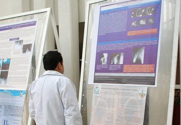 El primer congreso contará con la participación de 26 profesores y prestigiados médicos. (Tomás Álvarez/SIPSE)