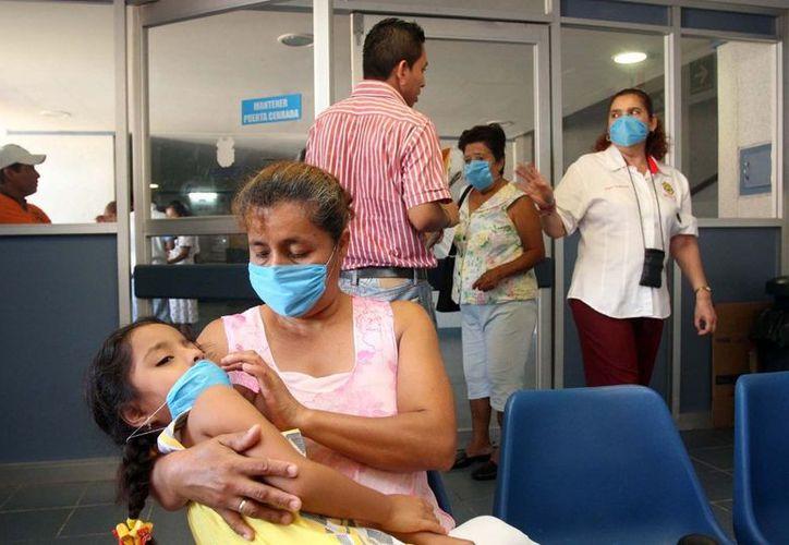 Población infantil, embarazadas y adultos mayores se vuelven vulnerables. (Samuel Caamal/SIPSE)