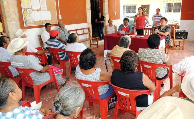 Los adultos mayores de municipios marginados recibirán más apoyo. (Milenio Novedades)
