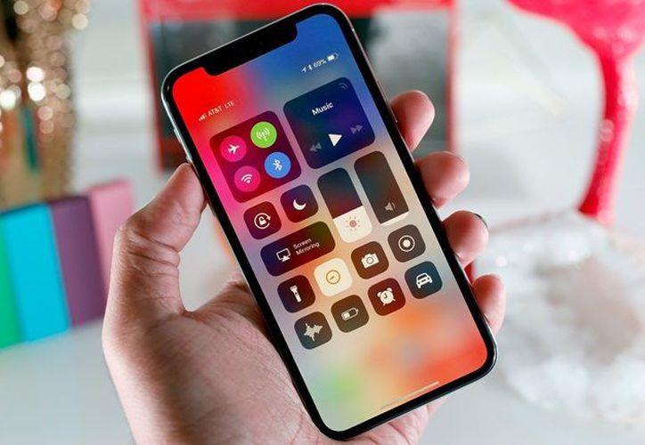 La idea es que el iPhone (o cualquier otro dispositivo) tenga una parte de su carcasa flexible. (Foto: Contexto/Internet)
