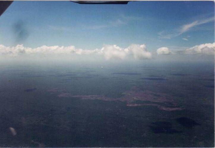 Vista aérea de La Sierrita, en Tekax, uno de los sitios donde se llegó a cabo la 'alerta Ovni' el 27 de diciembre. (Jorge Moreno/SIPSE)