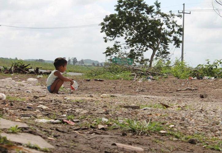 Carecer de agua potable, uno de los factores para el contagio. (Archivo SIPSE)