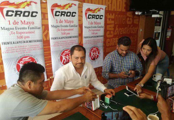 El comisionado sindical presentó las actividades que realizarán. (Daniel Pacheco/SIPSE)