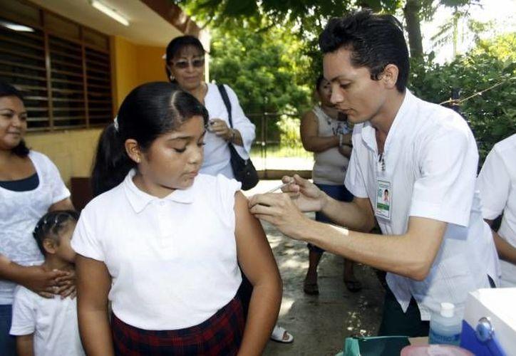 Se aplicarán vacunas contra  el papiloma humano, tétanos y difteria. (SIPSE/Archivo)