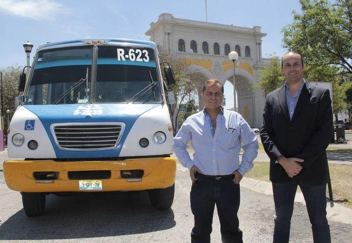 Emprendedores jaliscienses desarrollaron un sistema de conversión de motor diesel a eléctrico, que incorporaron al prototipo del primer autobús de transporte público eléctrico y totalmente autónomo de México. (conacytprensa.mx)