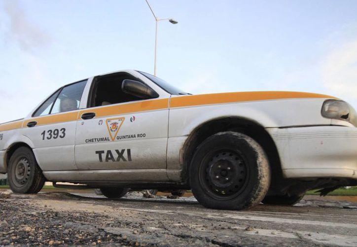 Alrededor de 200 taxistas reconocieron participar de la venta de droga, secuestros y extorsiones. (Harold Alcocer/SIPSE)
