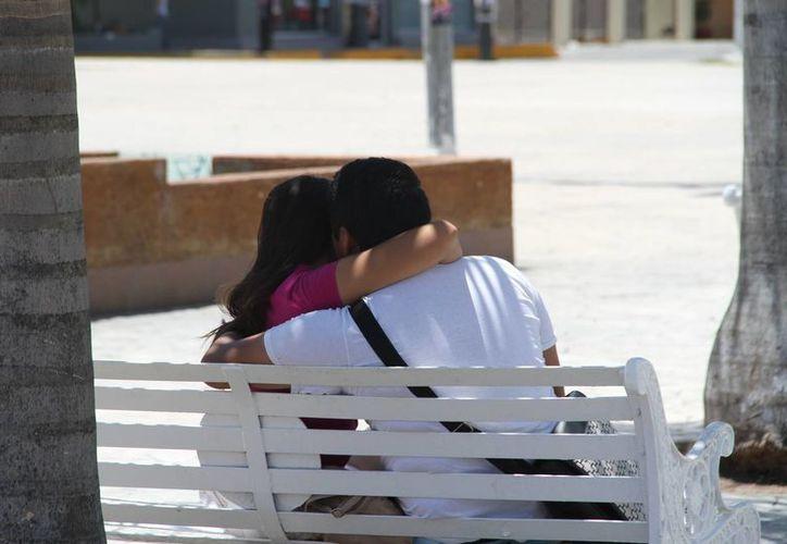 Es un problema que acecha principalmente a la población joven entre los 17 y los 25 años. (Tomás Álvarez/SIPSE)