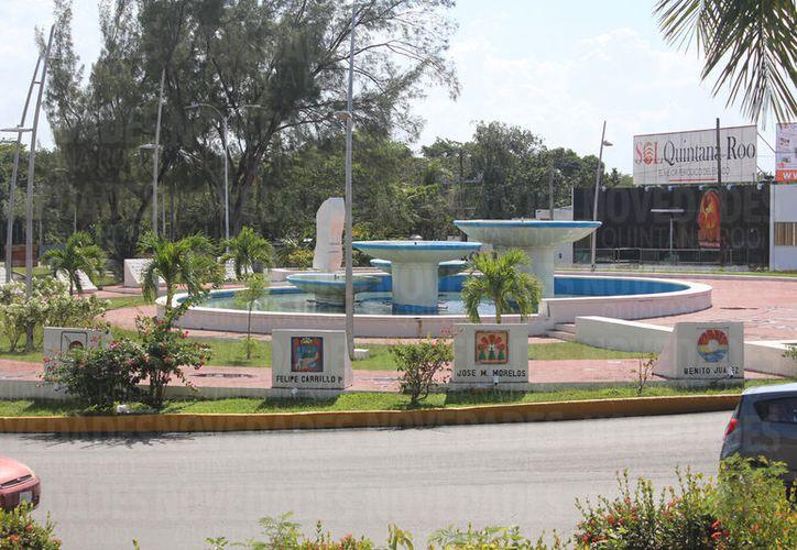A la entrada de Chetumal se encuentra el Monumento al Comité Pro-Territorio de Quintana Roo. (Foto: Miguel Maldonado)