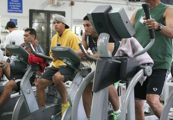 A principios de año muchos tienen como prioridad hacer ejercicio. (Jesús Tijerina/SIPSE)
