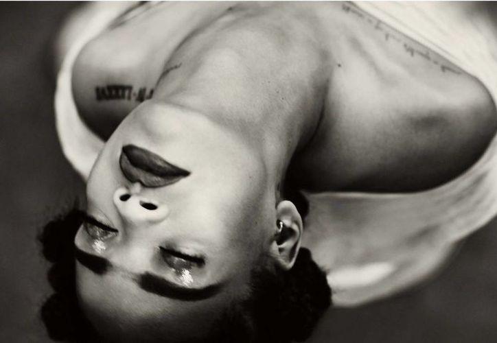 El avance del nuevo videoclip consiguió 23 mil reproducciones en una hora.(Foto tomada de Facebook/Rihanna)