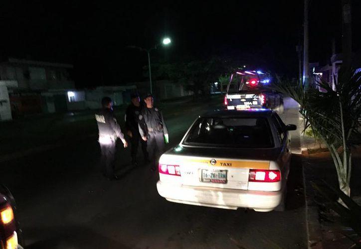 Un taxista denunció que fue asaltado por hombres vestidos de mujer en Chetumal. (Redacción/SIPSE)