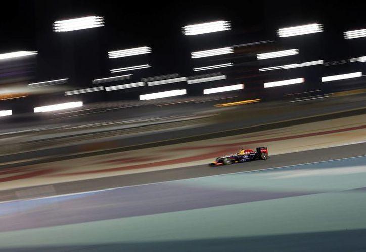 El alemán Sebastian Vettel, cuádruple campeón del mundo de Fórmula Uno, se prepara a conciencia, con la escudería Red Bull para competir en China. (EFE/Archivo)