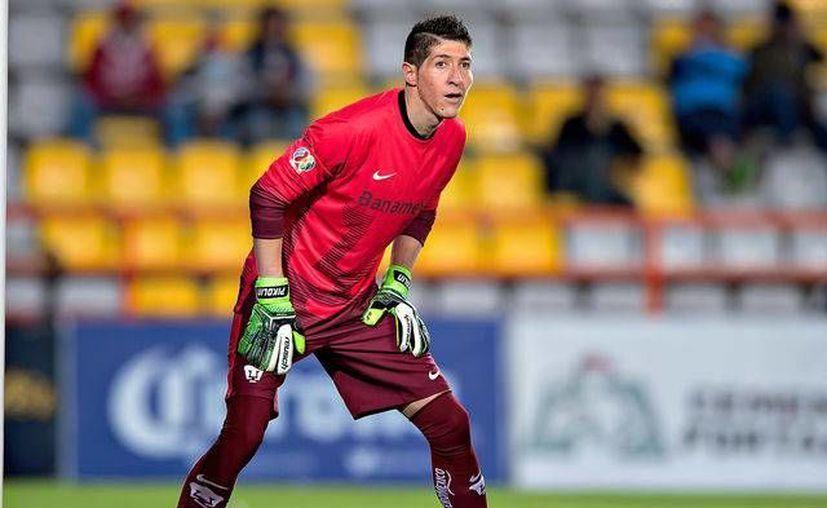 Alejandro Palacios tendrá su primer llamado a la Selección a sus 34 años de edad. El guardameta será evaluado en el siguiente amistoso del Tri. (Archivo/Notimex)