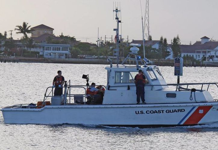 Los cubanos fueron rescatados por miembros de la tripulación del crucero, puestos a salvo y transferidos a la Guardia Costera que patrullaba esa zona. (Archivo/EFE)