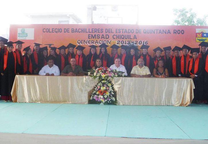 La clausura se realizó en el domo deportivo del puerto. (Raúl Balam/SIPSE)