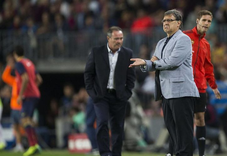 Tras más de dos meses en el club catalán, el 'Tata' admite que, desde dentro, le ha sorprendido la dimensión social y mediática del Barcelona. (EFE/Archivo)