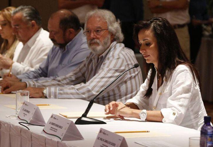 El Consejo Coordinador Empresarial respalda al frente que hacen las agrupaciones de transporte turístico. (Israel Leal/SIPSE)