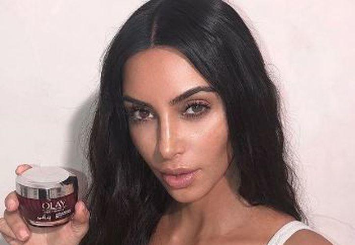 La visita de la Kardashian es parte de su nueva misión para crear un programa. (Instagram)