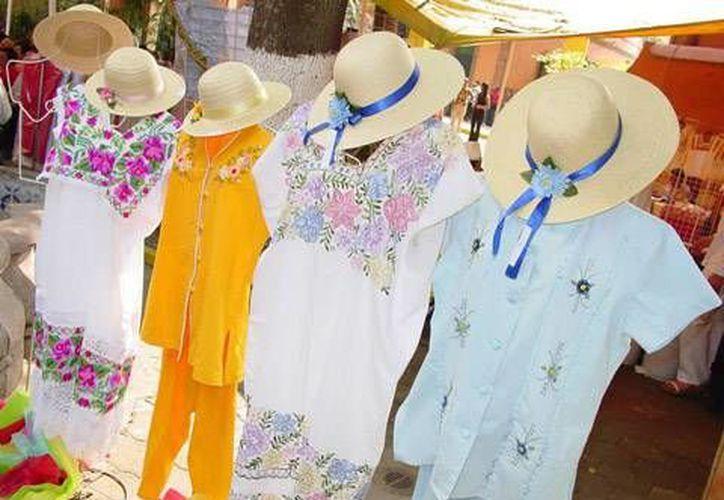 Las piezas se colocan en los hoteles de la Riviera Maya y Cancún, y en mercados. (Redacción/SIPSE)