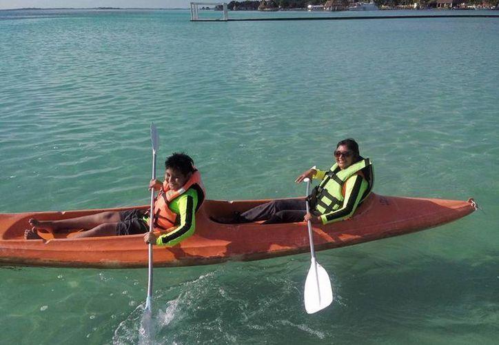 La Laguna de Bacalar será sede de eventos de reconocimiento nacional e internacional. (Javier Ortiz/SIPSE)