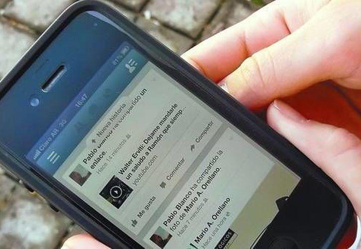 El gobierno mexicano puede solicitar a las compañías proveedoras de telefonía dar información de sus clientes. (clarin.com)