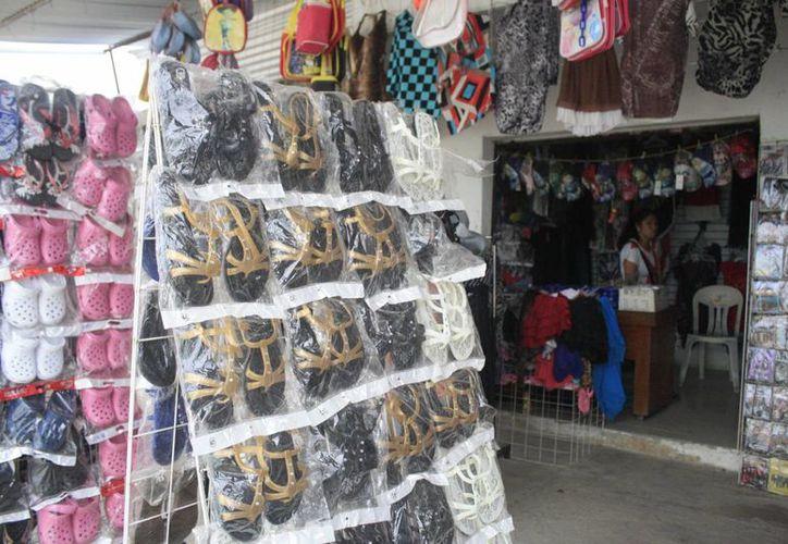 Las bajas ventas fueron atribuidas a la falta de solvencia económica entre los chetumaleños. (Harold Alcocer/SIPSE)
