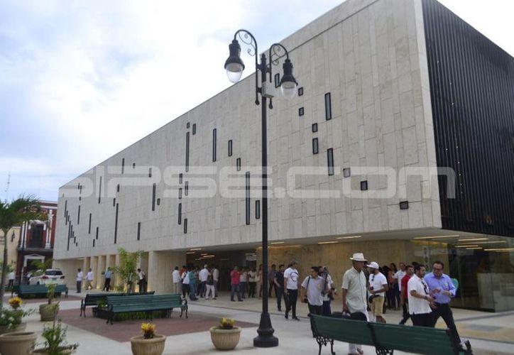 Abren sus puertas del Palacio de la Música de Mérida. (Daniel Sandoval/ Milenio Novedades)