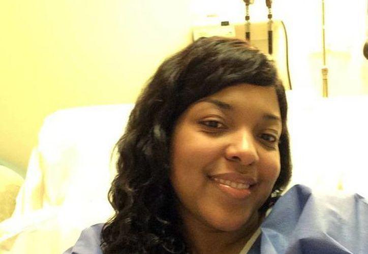 Foto de Amber Vinson, quien se encuentra en el Hospital Universitario Emory y del Centro para el Control y Prevención de Enfermedades. Según su familia, ya no tiene el ébola. (AP Photo/Amber Vinson)
